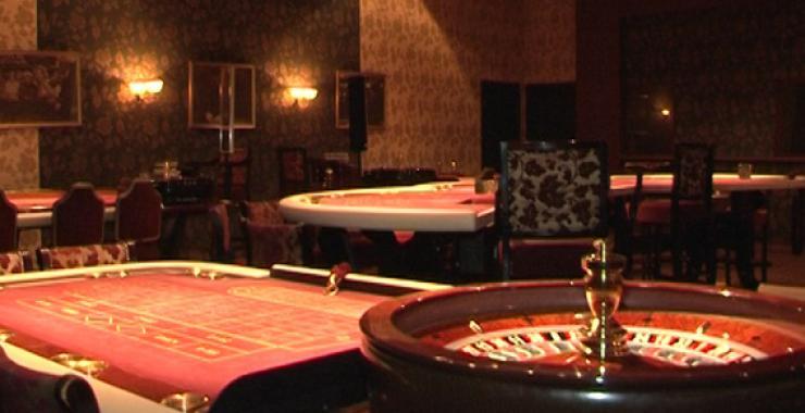 Пожаловаться что работают игровые автоматы казино на рубли вулкан